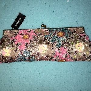 NWT! Vintage style Express clutch